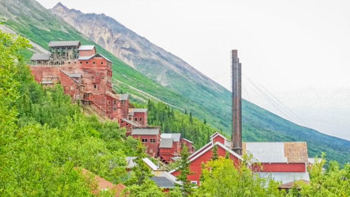 29 Alaska Mining Industry Statistics and Trends