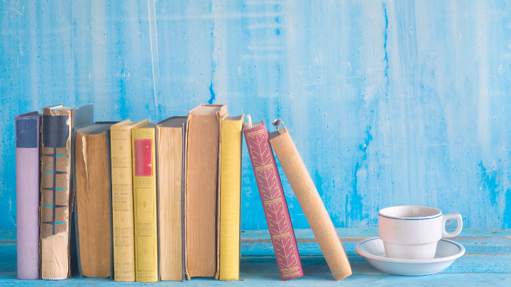 41 Clever Literature Blog Names