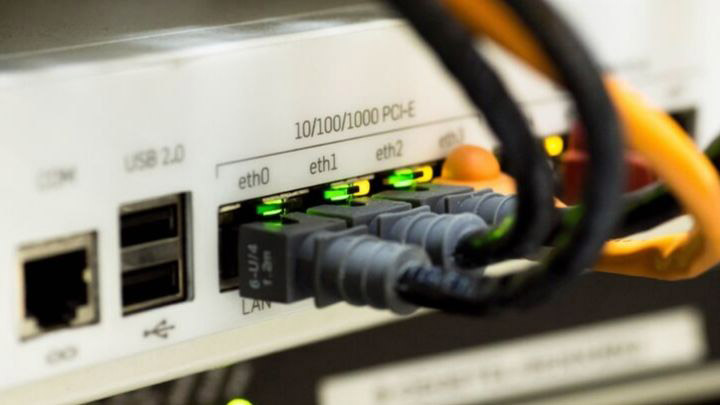 Pros and Cons of Internet as a Utility